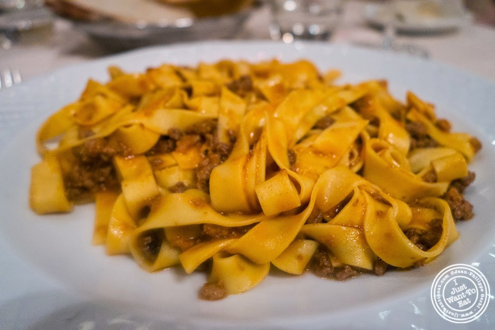 image of tagliatelle al ragù at Il Caminetto in Florence, Italy
