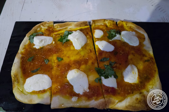 image of margherita pizza at Il Forno Hell's Kitchen in NYC, New York