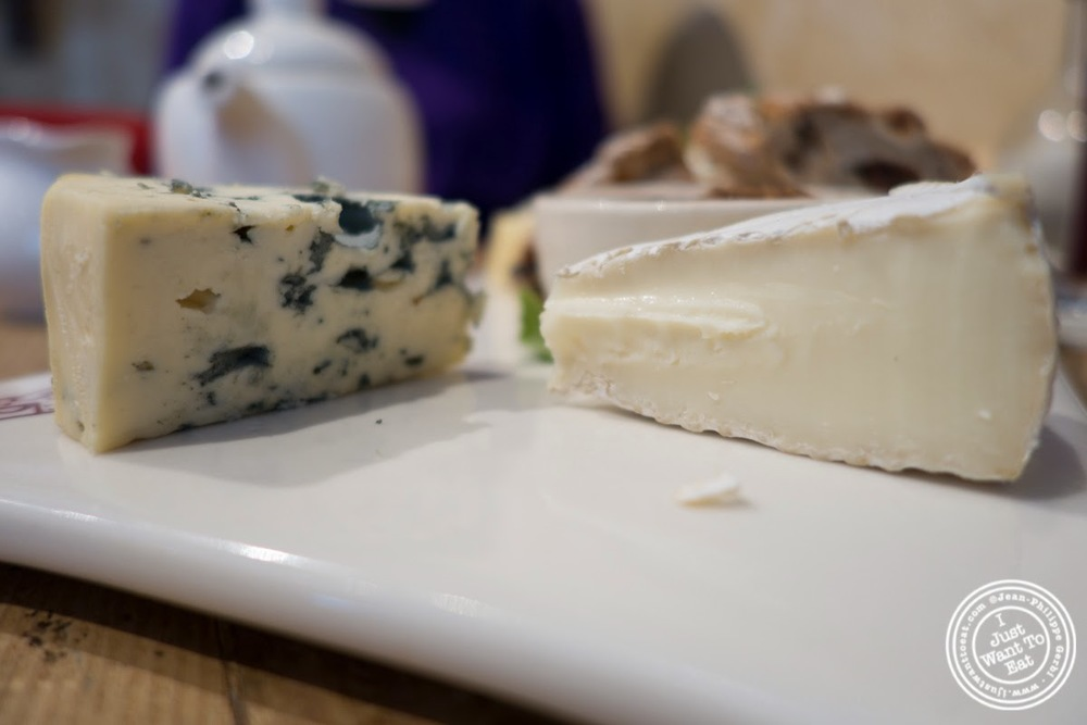 image of camembert and fourme d'Ambert at Le Pain Quotidien in Tribeca, NYC