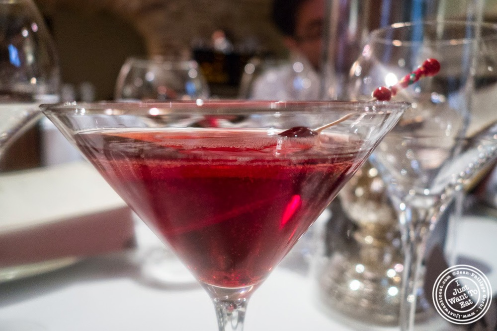 image of house cocktail at Pierre in Macon Bourgogne, France