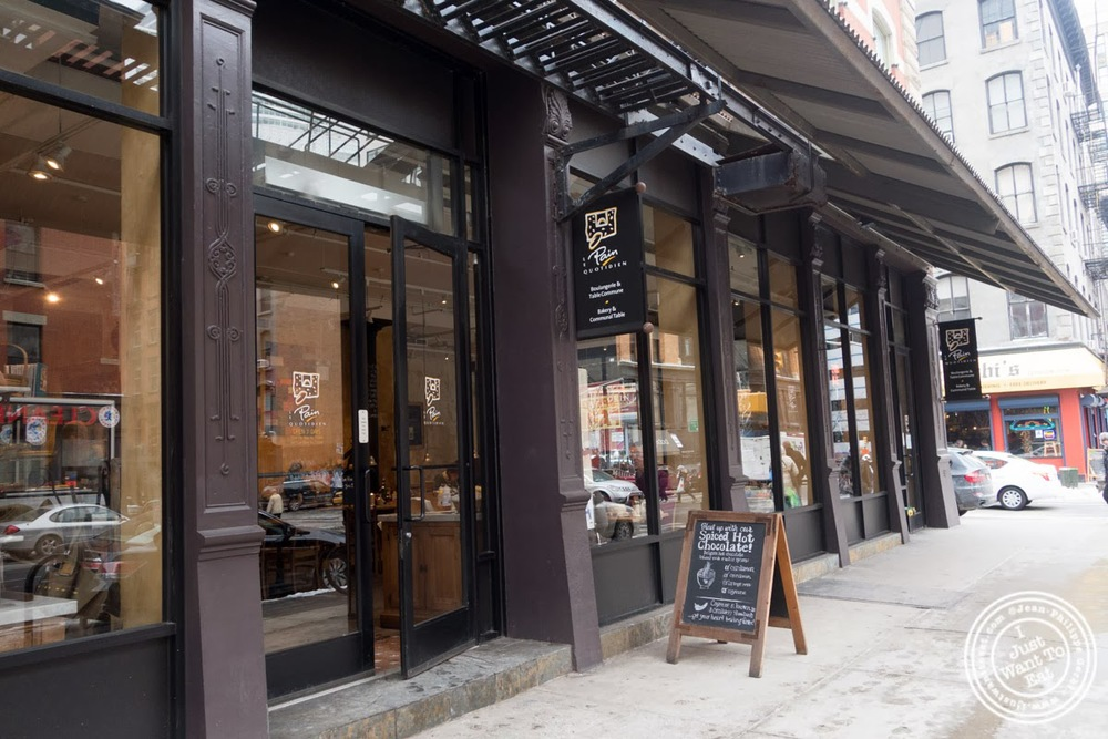 image of Le Pain Quotidien in Tribeca, NYC