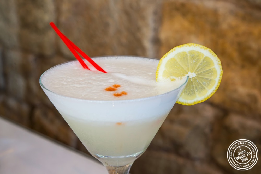 image of Pisco sour at El Anzuelo Fino in Woodhaven, NY
