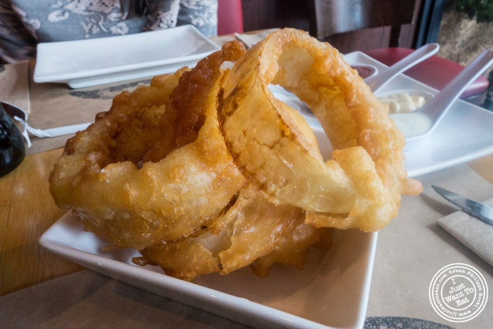 image of onion rings at Umami Burger in NYC, New York
