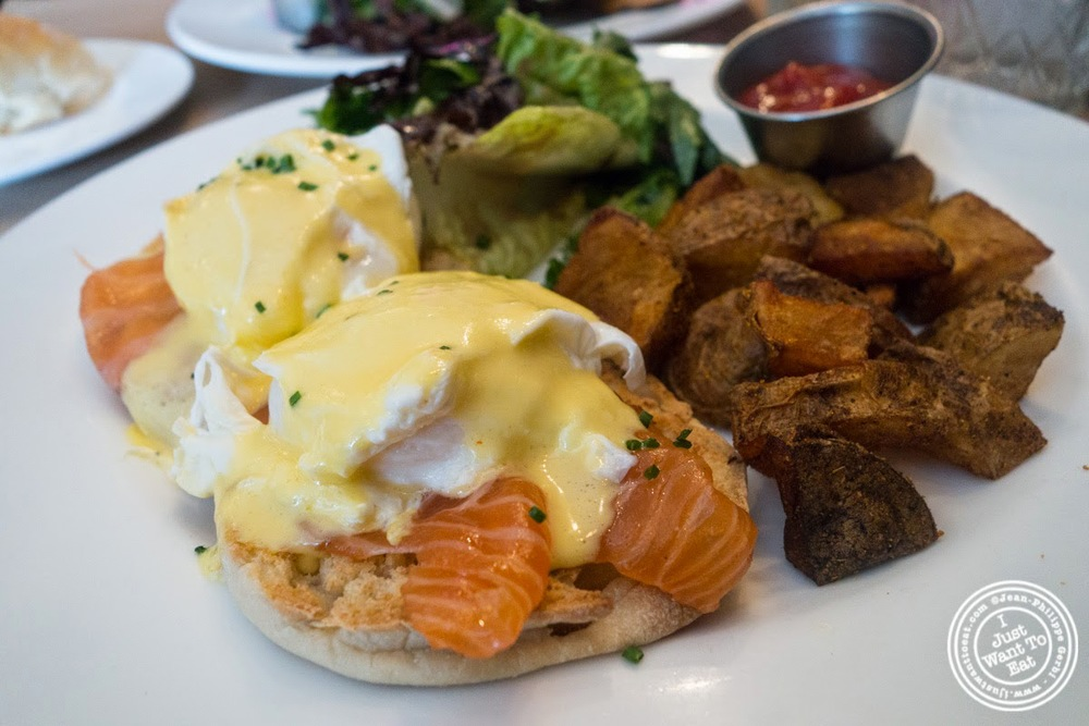 image of salmon benedict at Sel De Mer in Brooklyn, NY