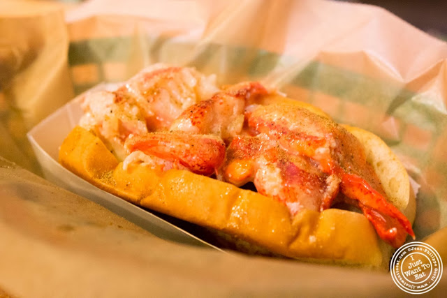image of Lobster roll at Luke's Lobster in NYC, New York