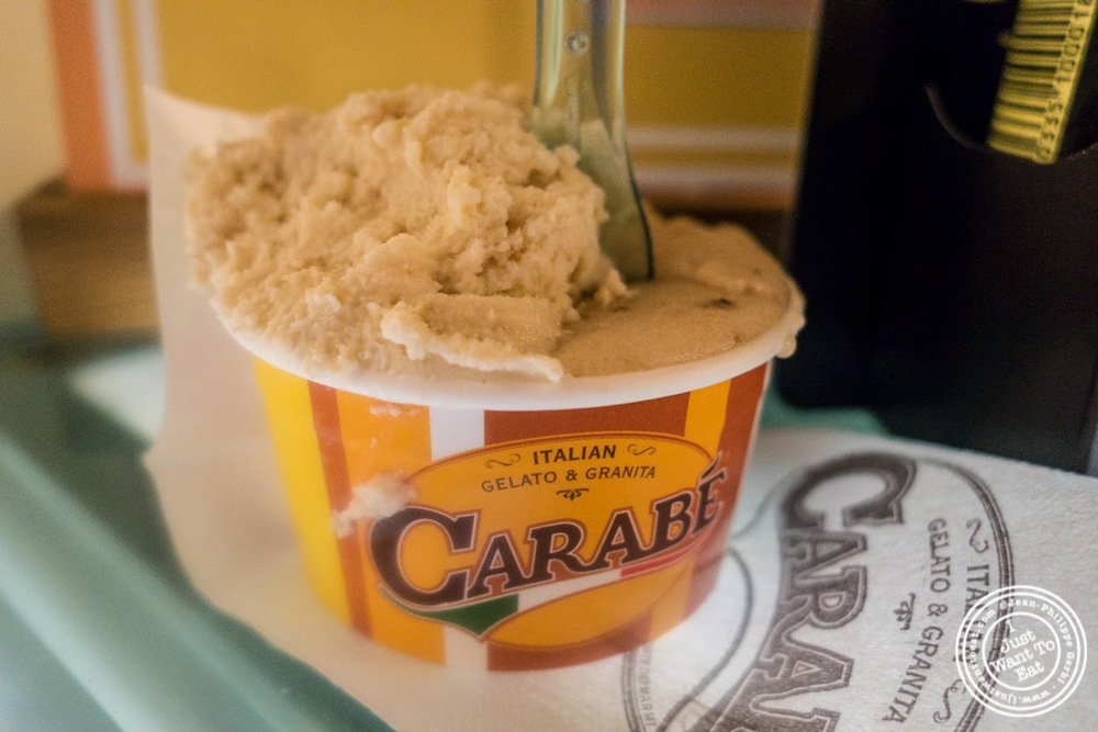 pear gelato at Carabé in Florence, Italy