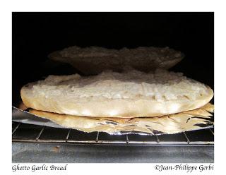 ghetto+garloc+bread+1