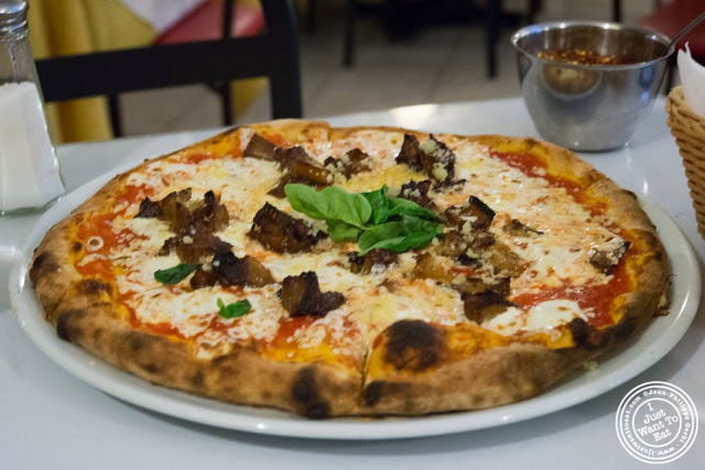 image of eggplant pizza at Il Colosseo in Bensonhurst, Brooklyn, New York