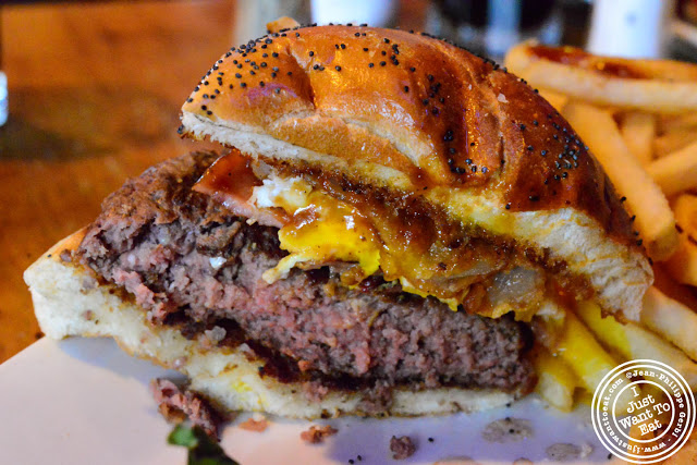 Image of Deluxe Burger at Black Bear in Hoboken, NJ