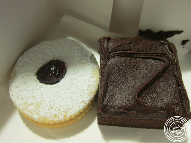 Image of Linzer tart and brownie at the Cake Boss Cafe at Port Authority in NYC, New York