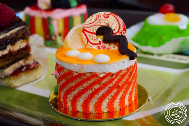 image of mandarin cake at Villabate-Alba in Bensonhurst, Brooklyn, New York