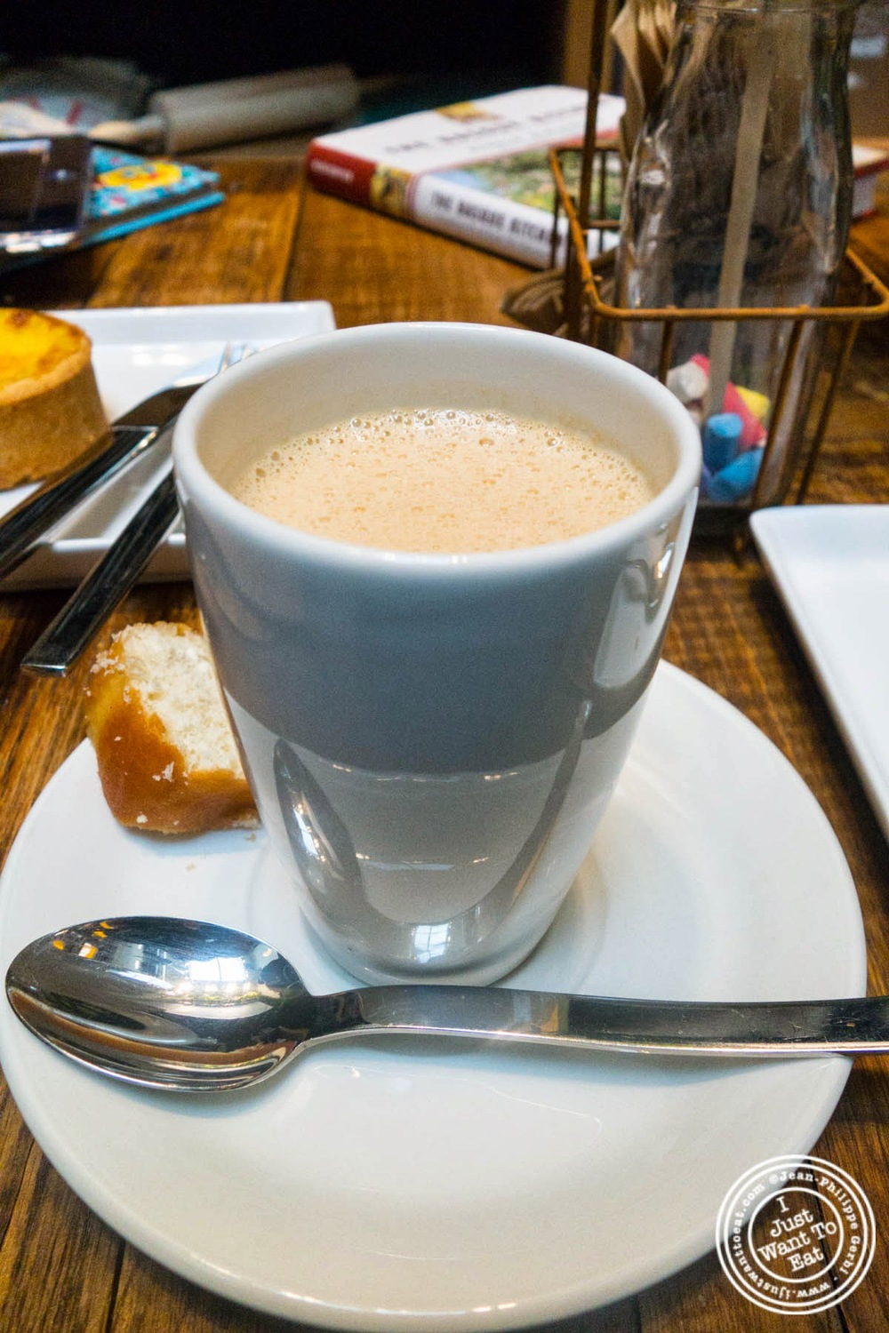 image of café Magdalena aka Muff'nJoe at Hogar Dulce Hogar, a Basque Bakery in Soho