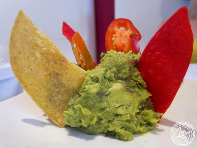 image of guacamole at Sabores in Hoboken, NJ