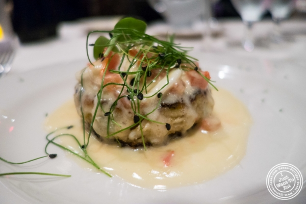 Crab cake at Angus Club Steakhouse in New York, NY