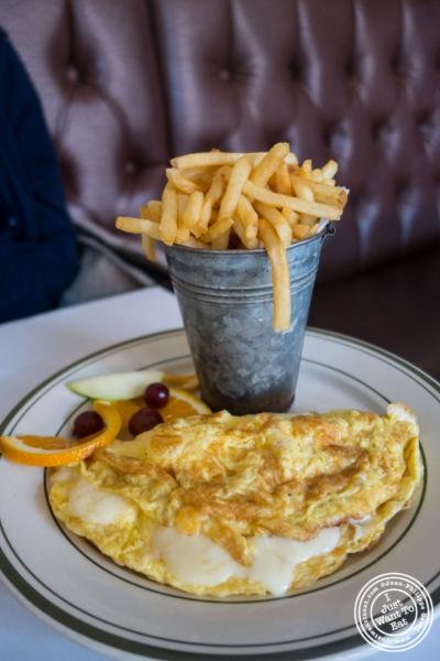 omelette au fromage at Elysian Café, Hoboken, NJ