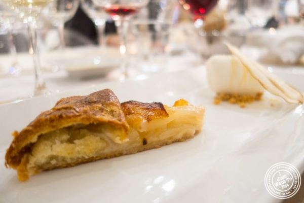 Crostata with honey roasted Abate Fetal pear and fior di latte gelato