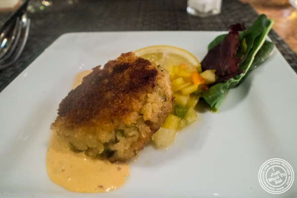 Jumbo crab cake at Flight in New York, NY