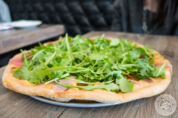 Pizza fichiatVia Vaiin Astoria, NY