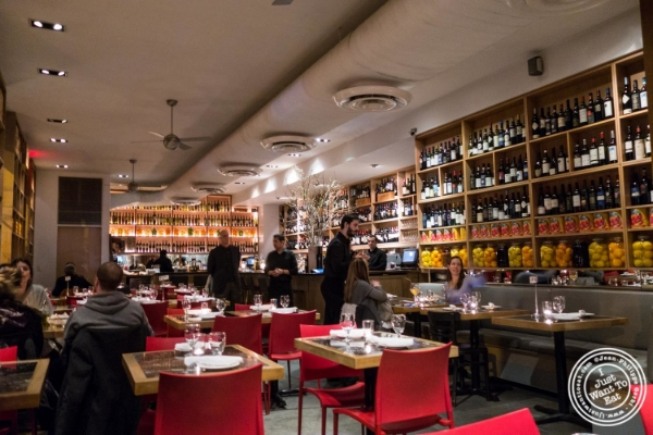 Dining room at Petrarca Cucina e Vino, Italian restaurant in Tribeca, NYC, New York
