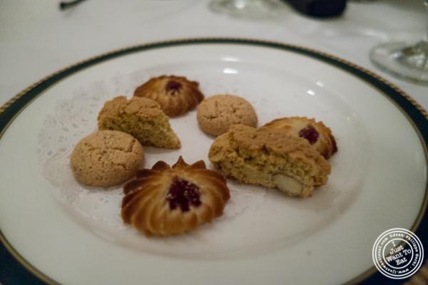 Italian cookies atIl Tinello in NYC, New York