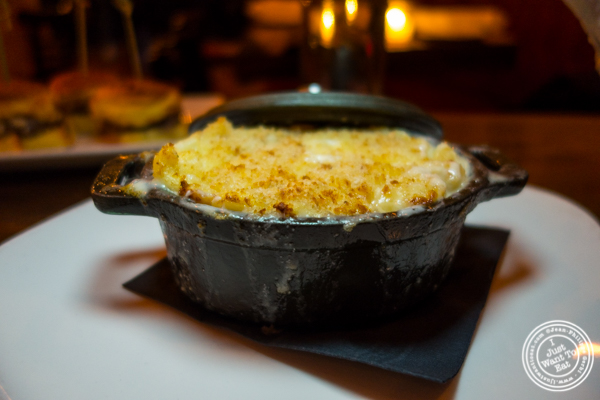 Mac and cheese at The Gilroy on the Upper East Side, NYC, New York