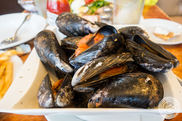 Mussels at Brasserie Athenee in NYC, NY