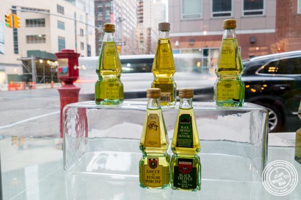 Urbani Truffles oils