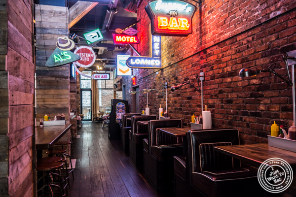 Dining room at Printers Alley in NYC, NY