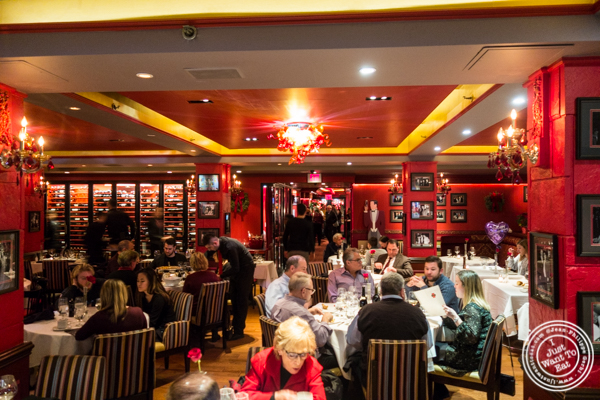Dining room at Lincoln Square Steakhouse on the Upper West Side, NYC