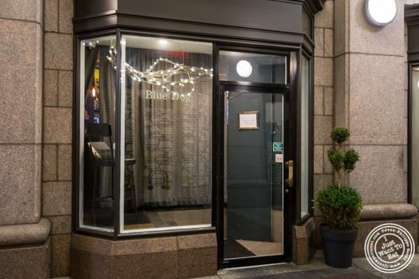 Blue dog cafe in NYC, NY