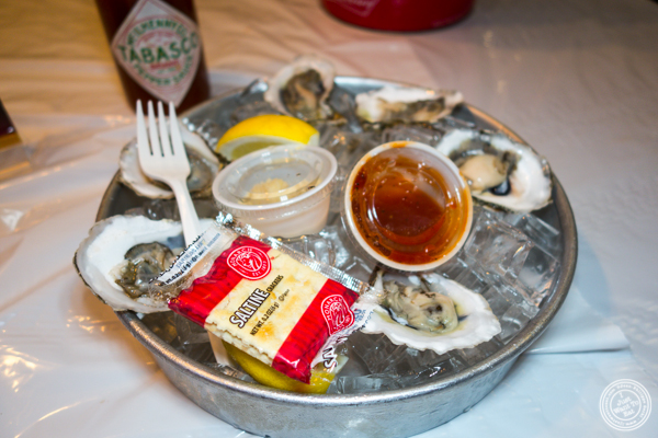 Oysters at Hot'n Juicy Crawfish in NYC, NY