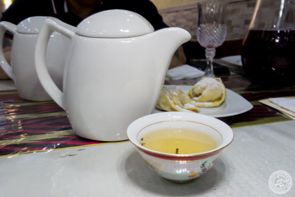 Green tea at U Yuri Fergana in Rego Park, Queens