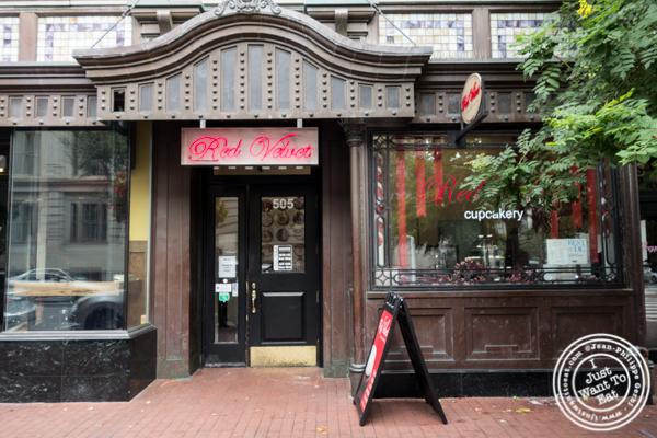 Red Velvet Cupcakery in Washington DC