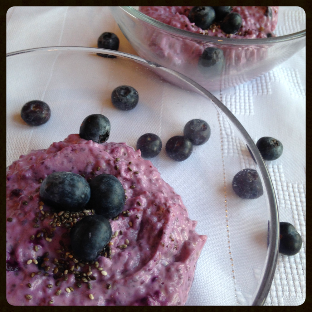 Powerhouse Breakfast (Blueberry and Chia Seed Yogurt)
