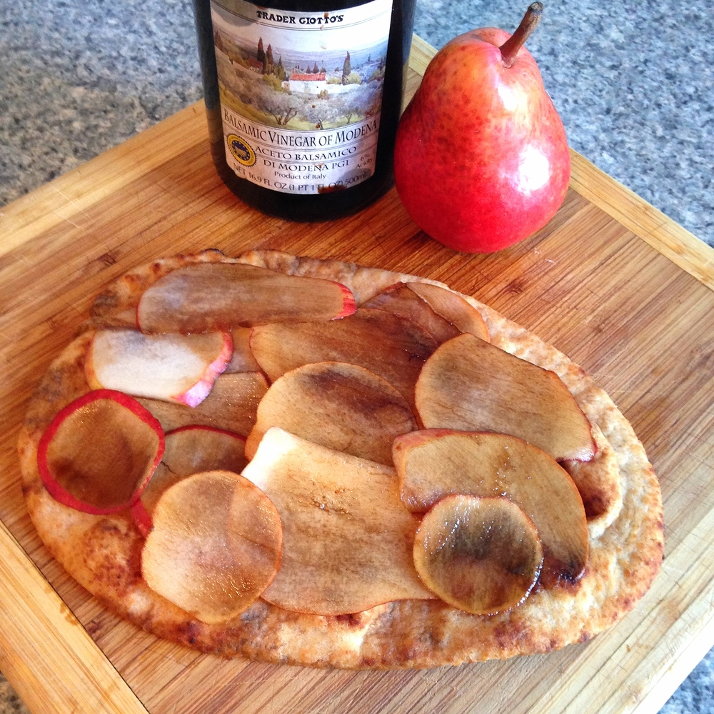 Pear slices on the pizza