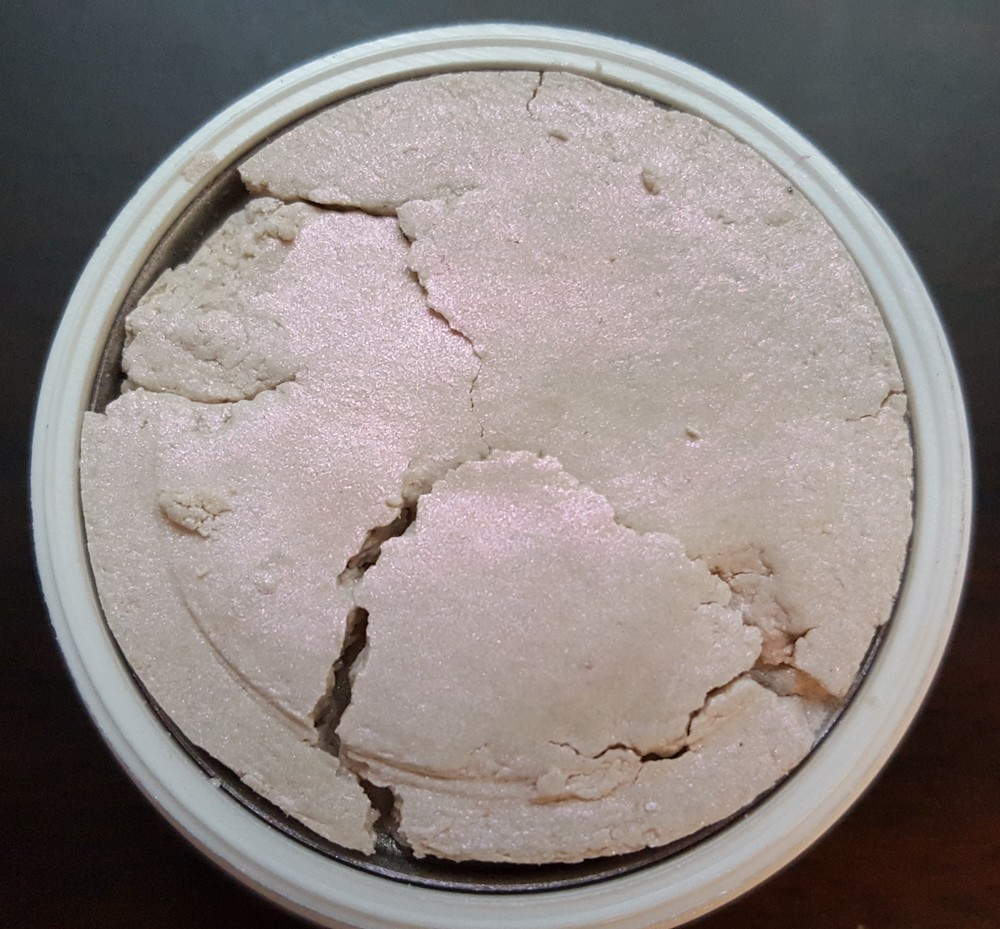 This is the only powder product that ever arrived broken. But I just pressed it back down and it's mostly fine. Still crumbly but the product itself is still great.