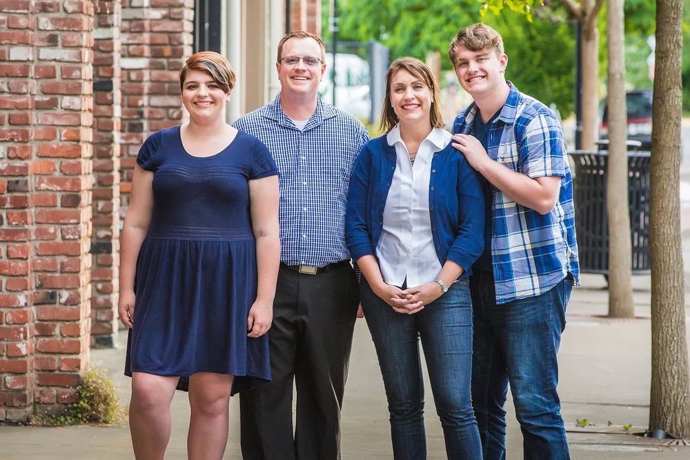 Family pictures in Albany Oregon