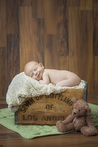 newborn picture ideas.jpg