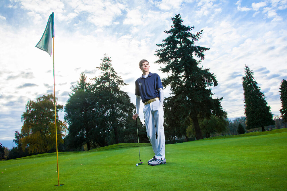 Golf Senior Pictures - Albany Oregon WAHS