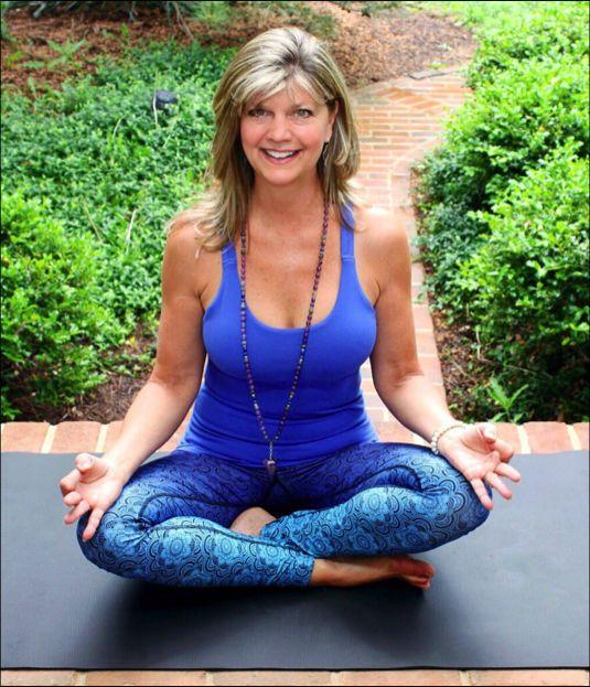 Lisa seated pose.jpg