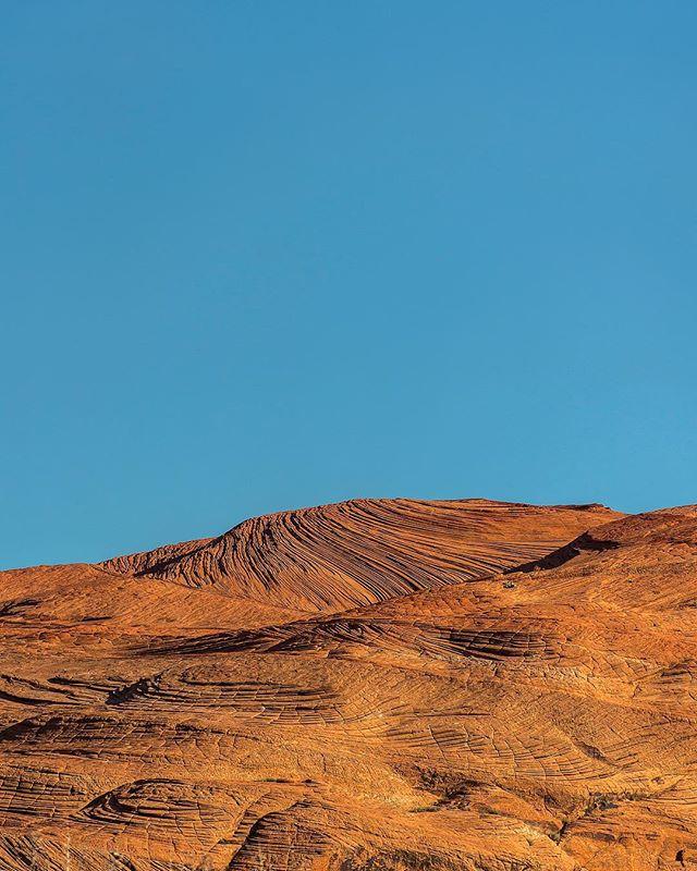 Rock waves 🌊 . . . #utah #utahisrad #nature #sonyalpha #sony #redrock #getoutside