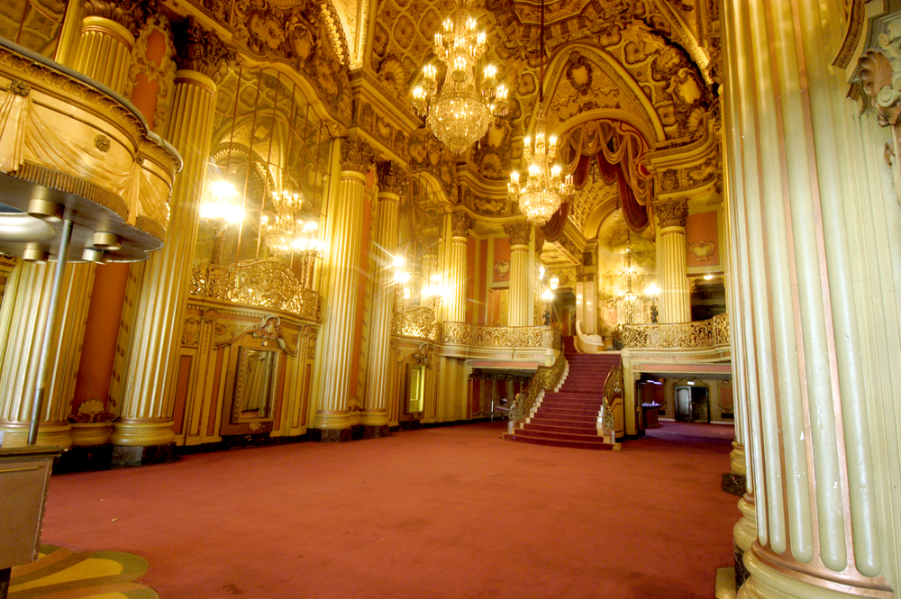 Los Angeles Theatre - Lobby   (Photo Credit: Gary Leonard)