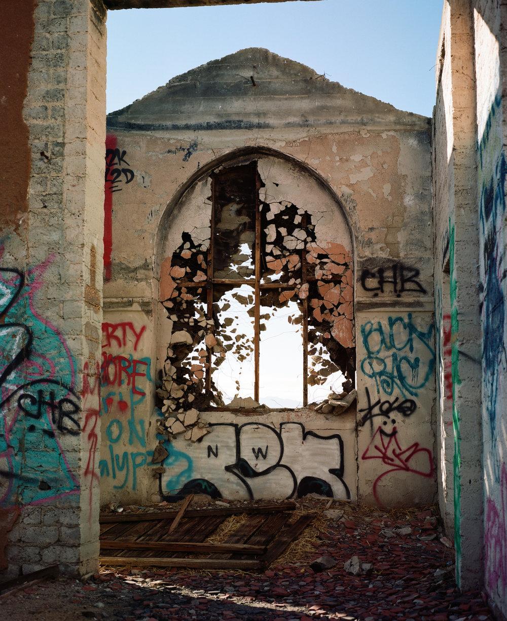 Abandoned structure. Lancaster, CA. Film. 2018.