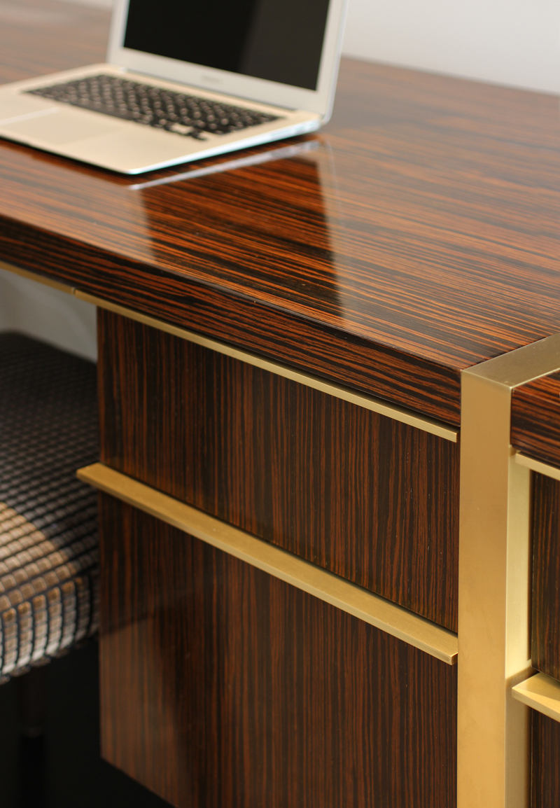 khoudari_desk-detail.jpg