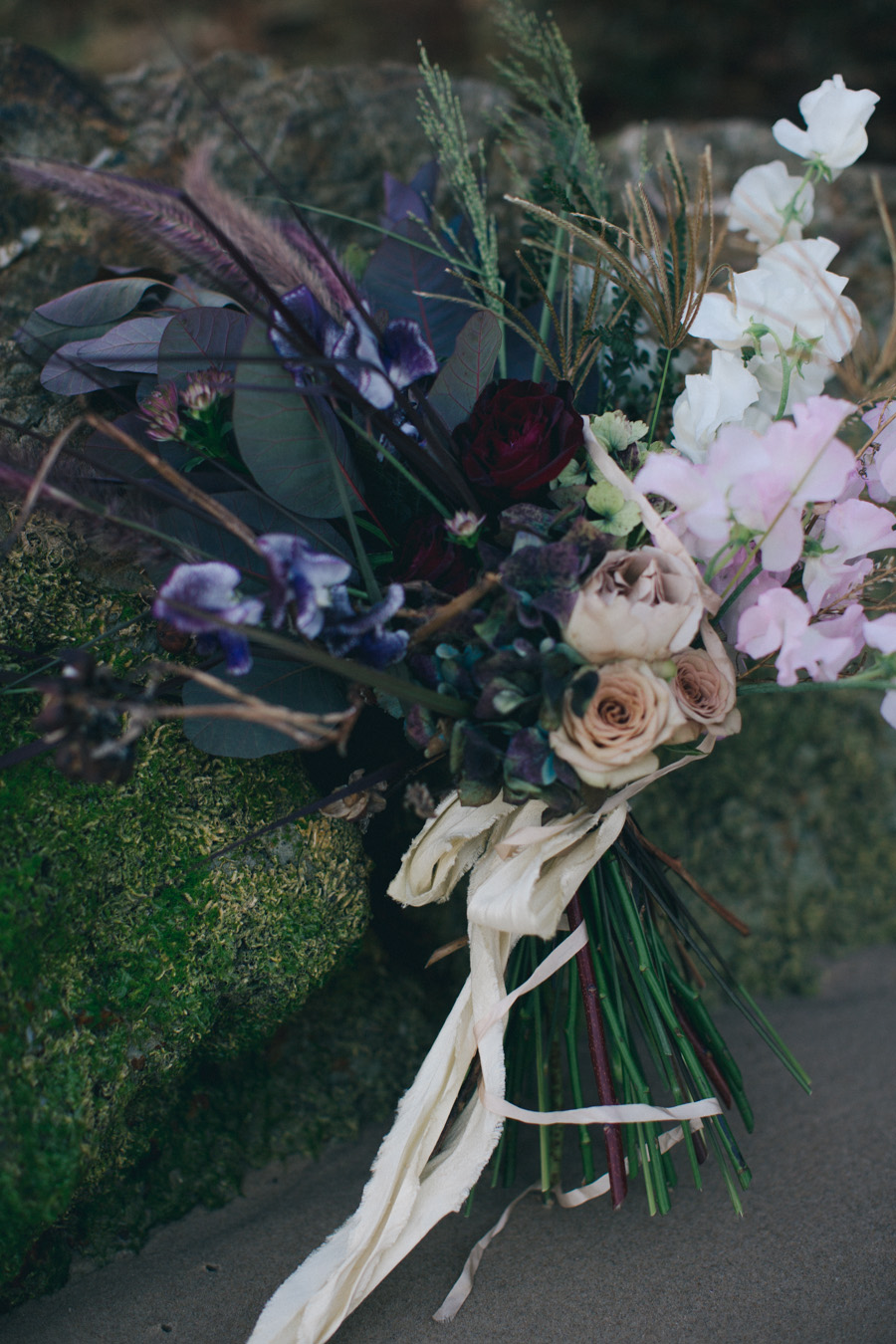 Bouquet by Primula Floral Styling, photo by   Joey Willis.