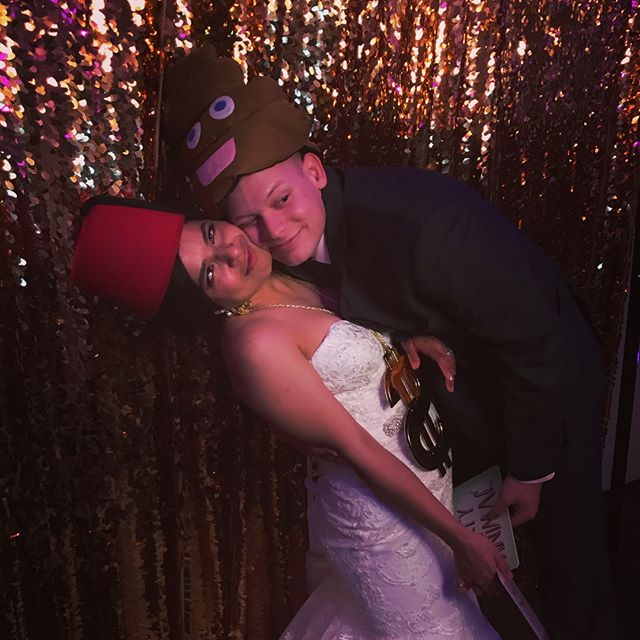Marielena & Zachary's 👰 🤵 ❤️ #love #photobooth #myclickphotobooth #harrisburg #harrisburgphotobooth