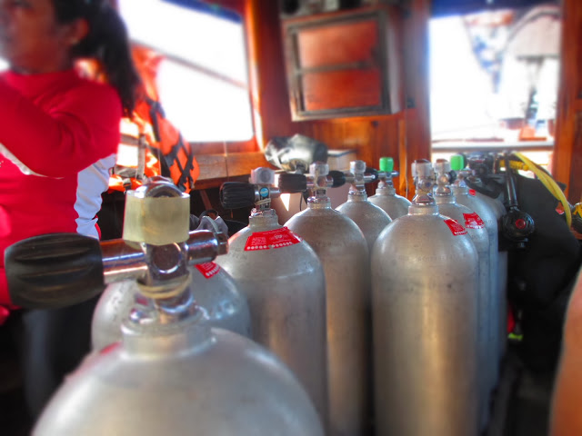 oxygen tanks for scuba diving with Scuba Addicts off Ao Nang Beach