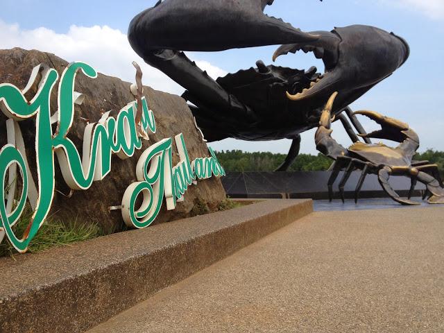 crab statue at Krabi Town