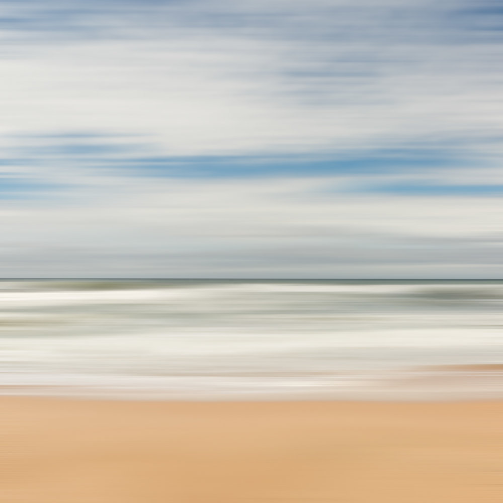 HELEN TRENERRY Photographer - Seascape - Austinmer Blur