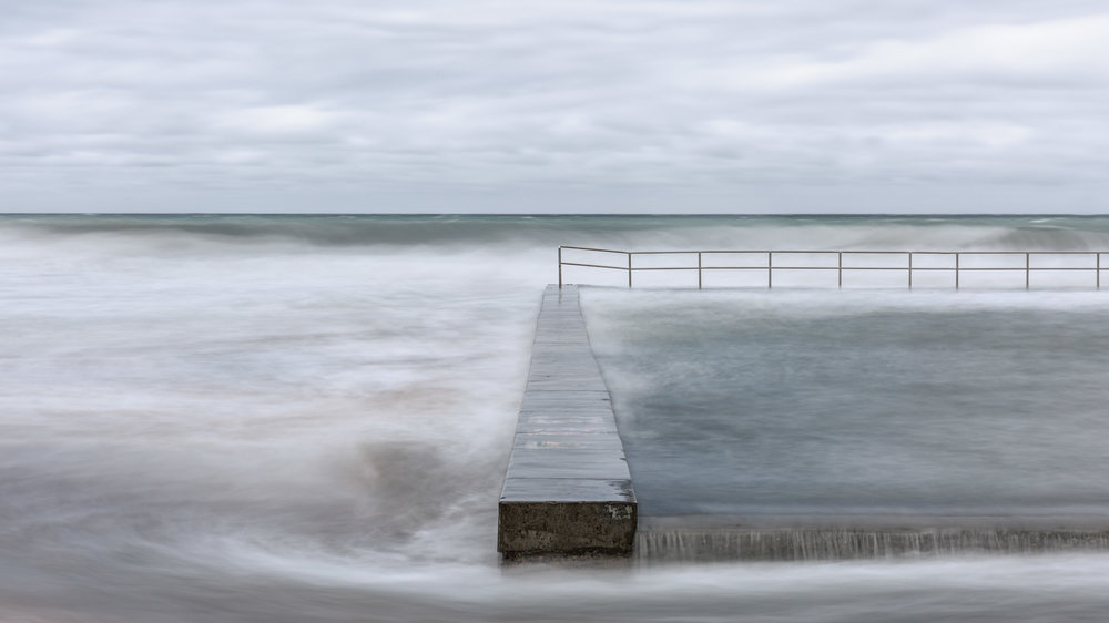 HELEN TRENERRY Photographer - Seascape - Straight On